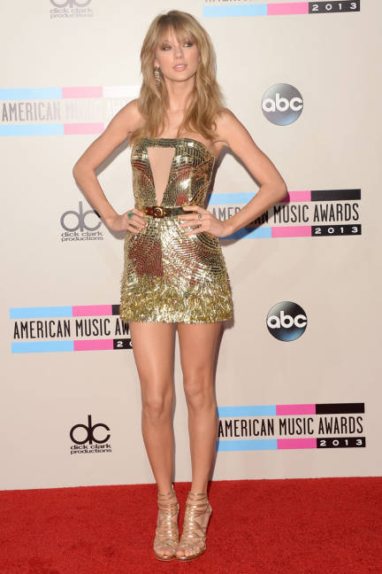 elle-07-american-music-awards-taylor-swift-xln-lgn