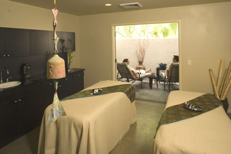 eurasia-spa-~-couples-treatment-room1