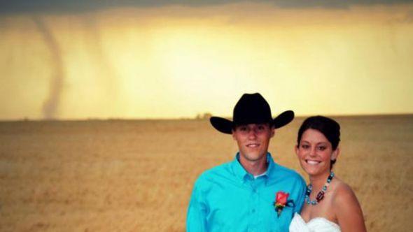ht_tornado_wedding_kb_120522_wmain