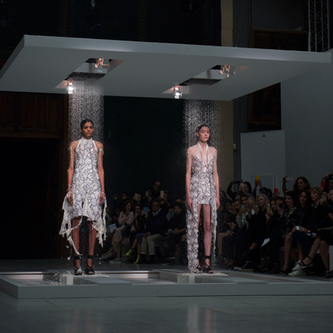 Husseing Chalayan spring summer 2016. Image courtesy of Dezeen.com