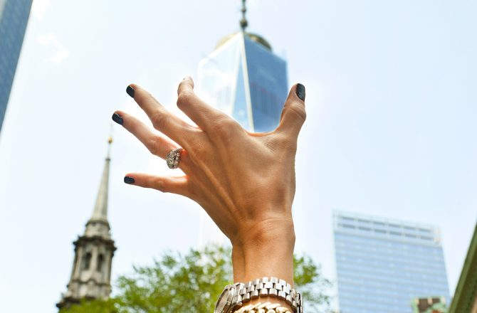 Envy-Worthy Vintage Engagement Rings From Instagram