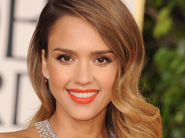 jessica-alba-orange-lipstick