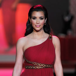 """Celebrities Model the """"Red Dress"""" to Raise Awareness at NY Fashion Week"""