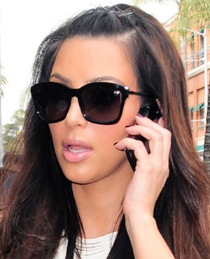 What Sunglasses Does Kim Kardashian  kim kardashian ray ban sunglasses martha flora