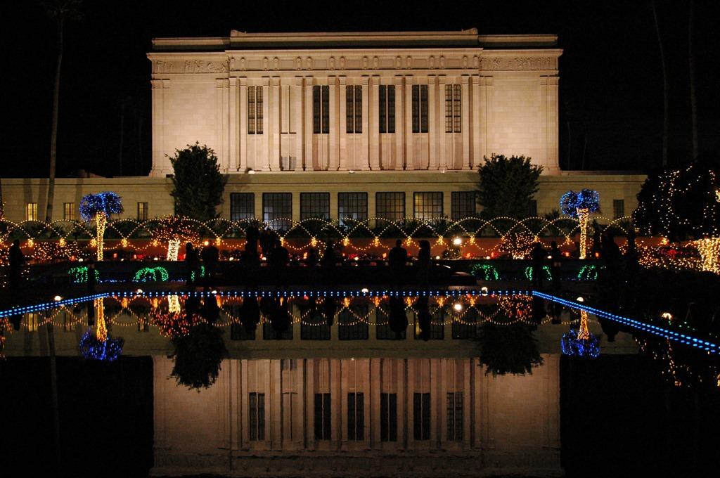 mesa-temple-lights2-teri-ellis