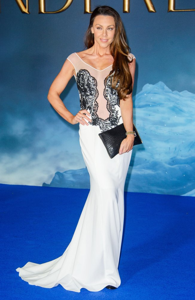 michelle-heaton-uk-premiere-cinderella-02