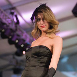 "Scottsdale Fashion Week: Designers, Schedule & Wearable ""Artwalk"""