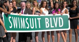 "Sports Illustrated Swimsuit Models Celebrate New ""Swimsuit Blvd"" on Vegas Strip"