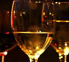 Taste the Vino in the Valley